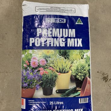 Soiltech Premium Potting Mix – 25L